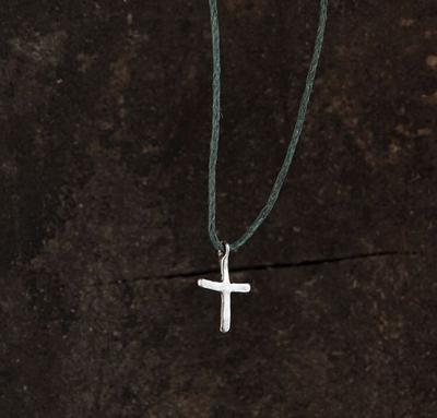 Маленький плоский крестик
