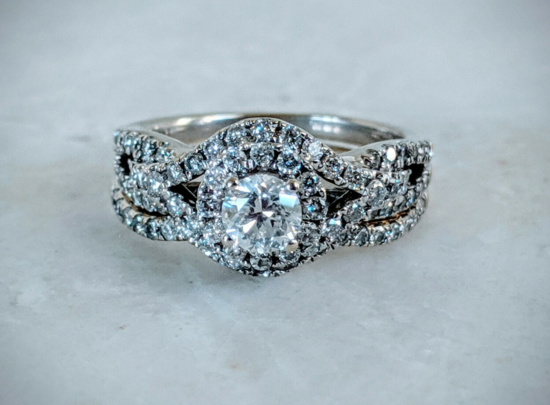 1.06 ct tw Natural Diamond Wedding Set
