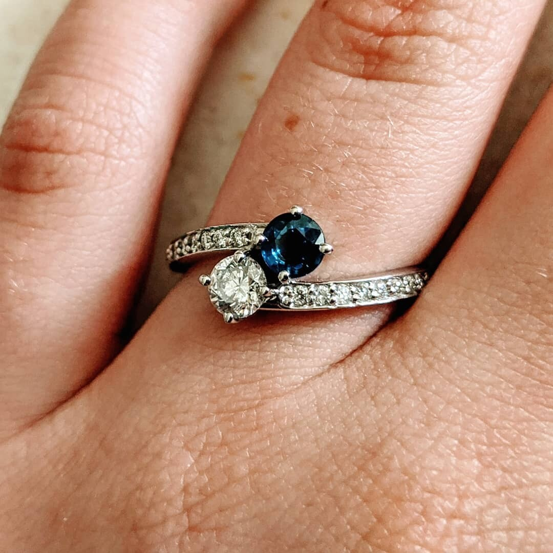 Diamond and Sapphire Two Stone Ring 14k Sz 6.75
