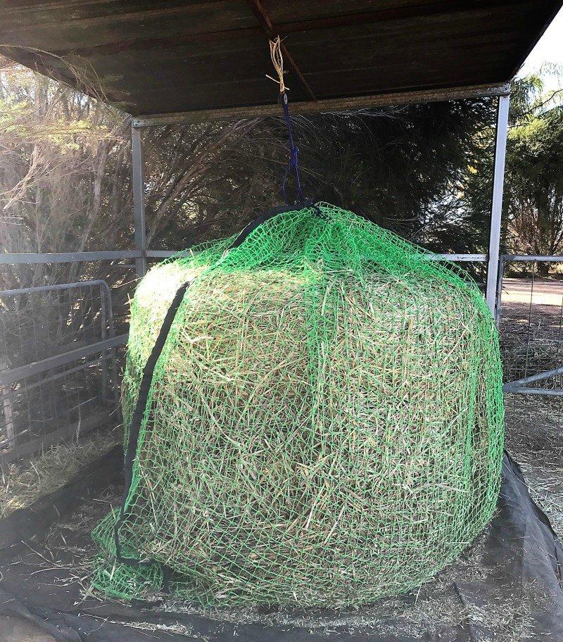 6x4 4cm GutzBusta Round Bale Hay Net in 60ply