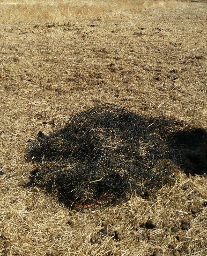 Empty net and no wastage - 4cm 48ply 4x4 GutzBusta Round Bale Hay Net
