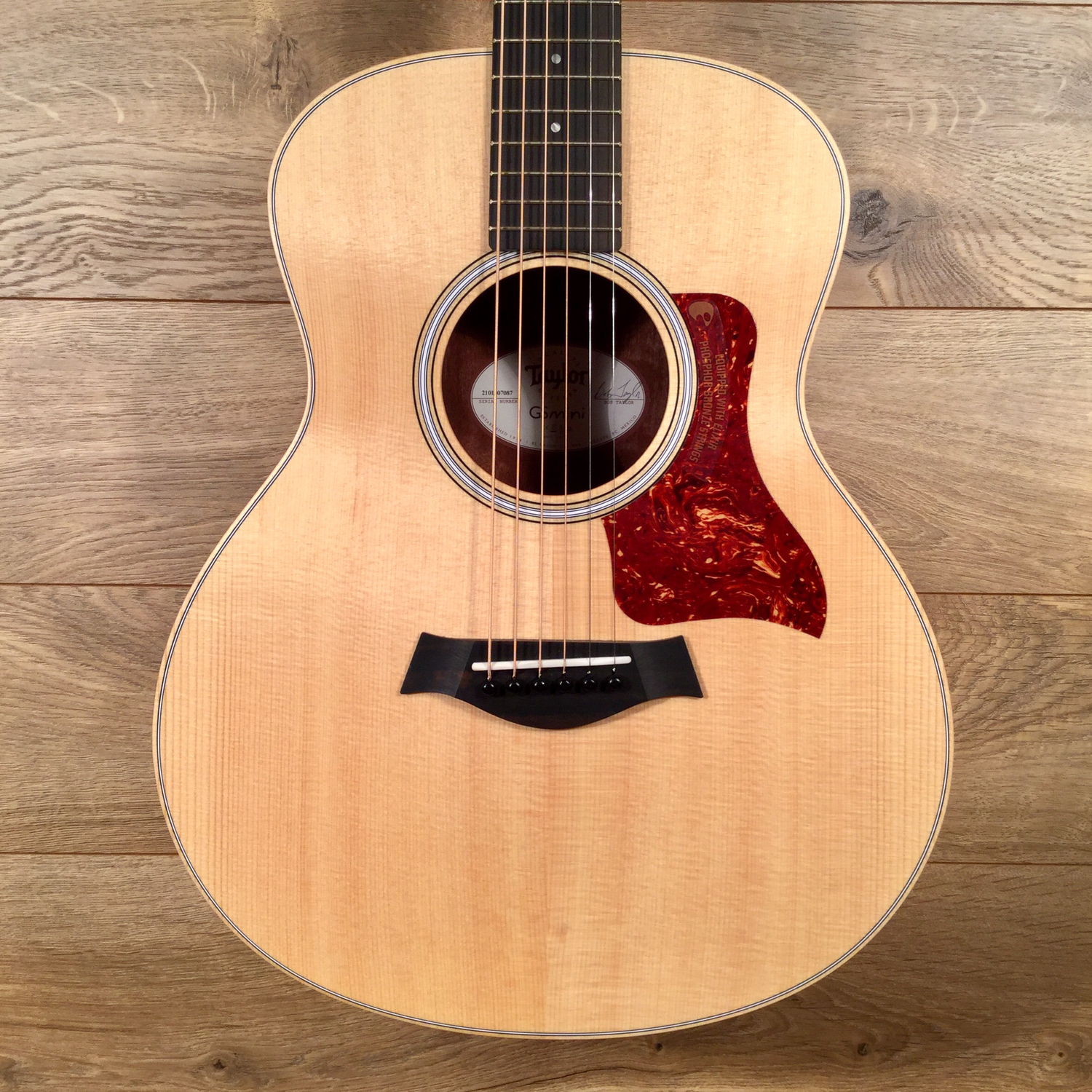 Street Price 660 Fender Cd-60sce All Mahogany Natural