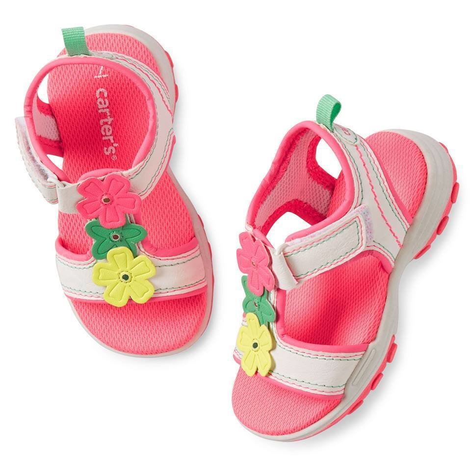 sport sandal with three flowers on the strap