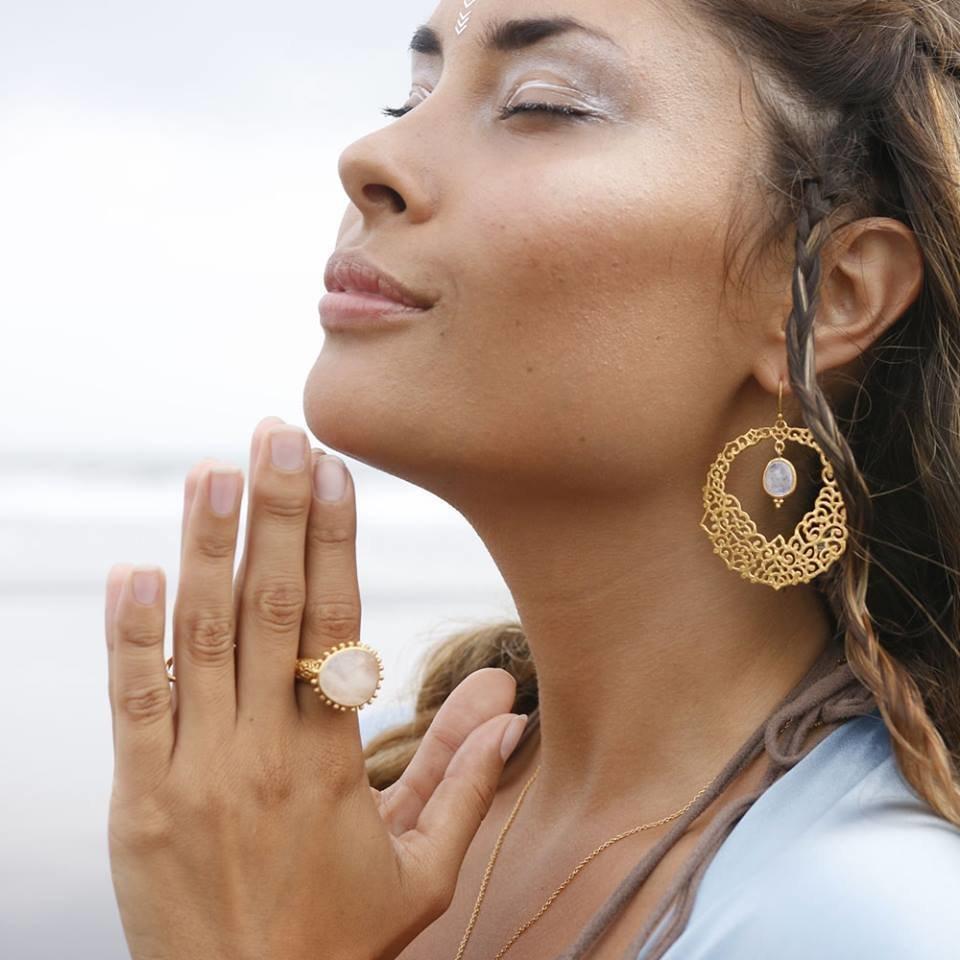 Amanapura Earrings • Moonstone
