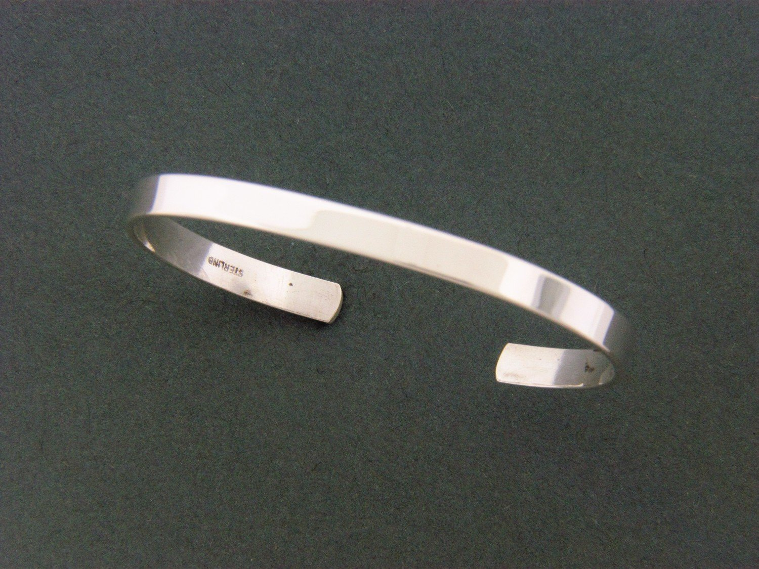 Child's Flat Cuff Smooth