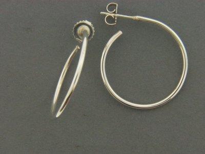 Medium Round Hoop Earrings
