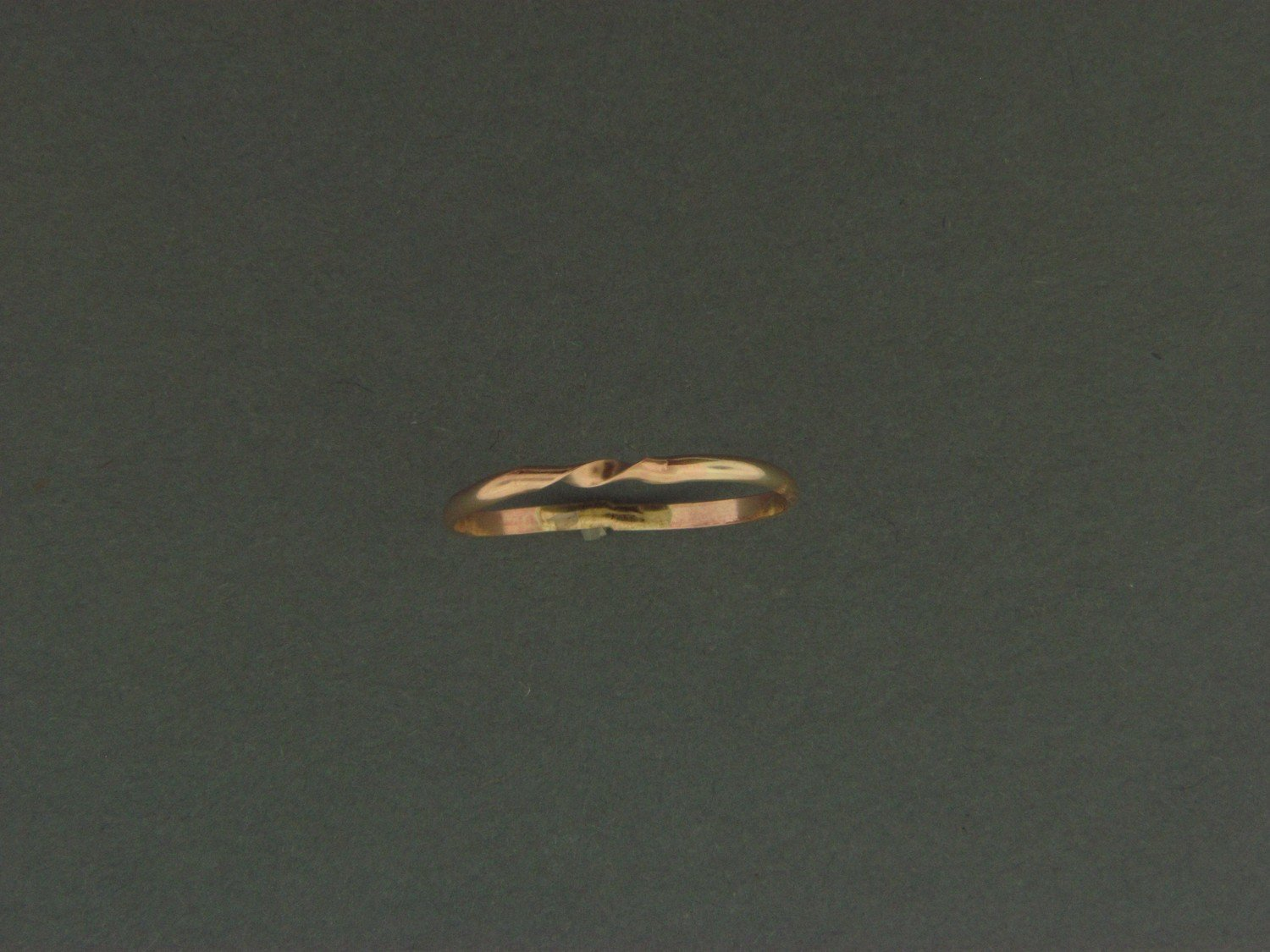 Gold Filled 1/2 Round Middle Twist Skinny Ring