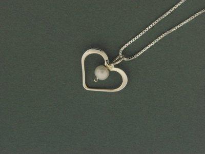 Heart w/Bead Pendant