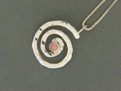 Swirl w/ Stone Pendant