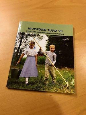 Muistojen tulva VII – Tyrnävän Korvessa ennen vanhaan, 146 s., 2015