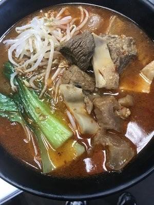 YWJ【雅味居】香辣牛杂米线 (Closed Tuesday)