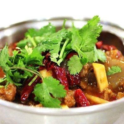 XXCC【小熊川菜】馋嘴嫩牛肉 Devourable Beef Pot (除节假日外每周二休息)