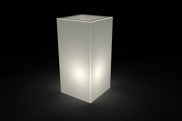 Vaso cubo alto Tevere luminoso 45x45x h 90 cm in resina