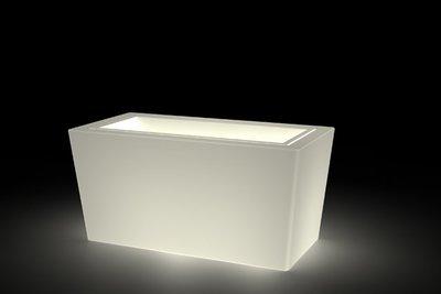 Cassetta Brenta luminosa 80x40x h 39 cm in resina