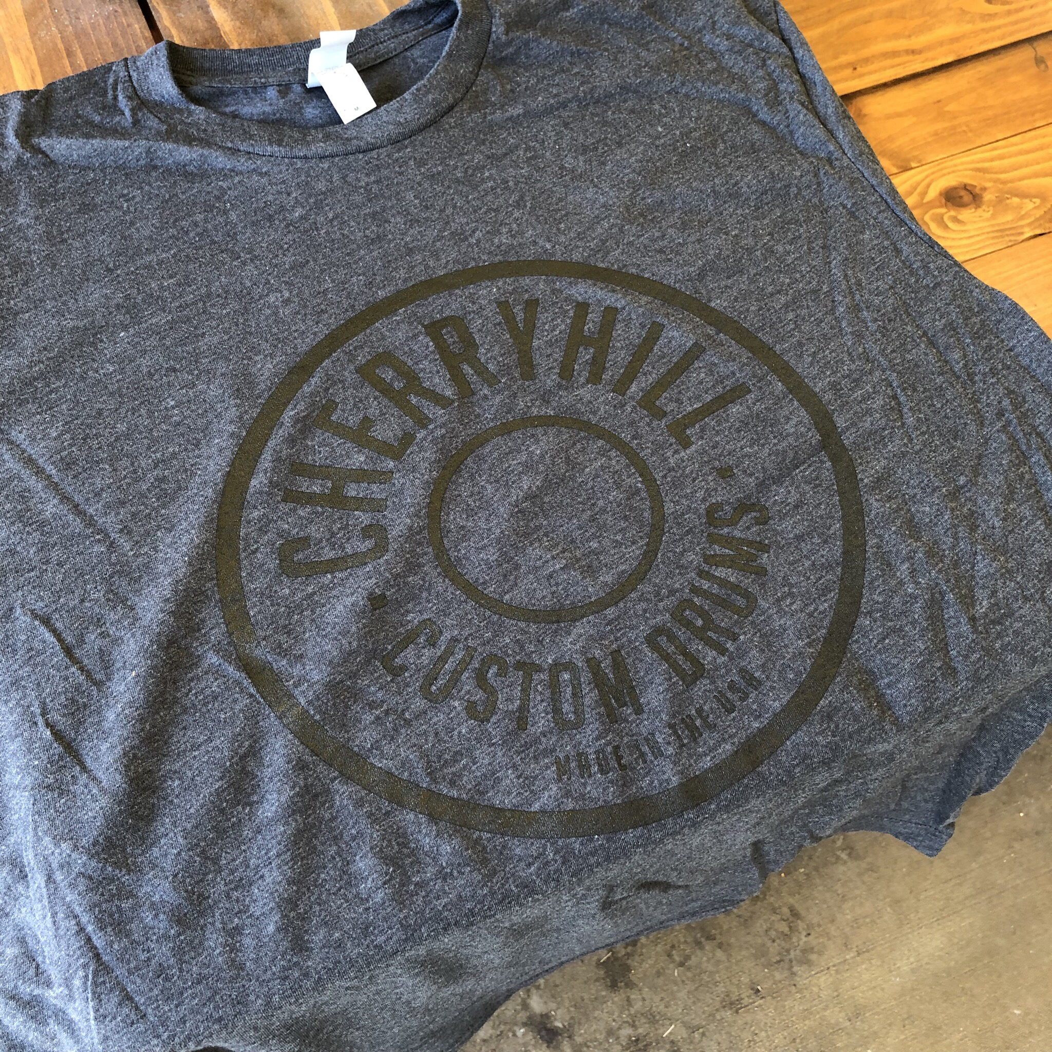 SIZE 2XL Heather Gray T-Shirt with Black Ink. 00014