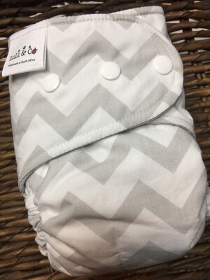 Snap In One-Chevron (Petite)