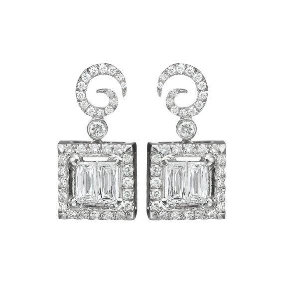Diamond Stud Earrings, 18K White Gold Earring Studs, 0.69 CT Classic Diamond Studs, Gold Studs, Classic Bridal Earrings 白金玄月鑽石耳環 婚禮珠寶 18K 0.69克拉