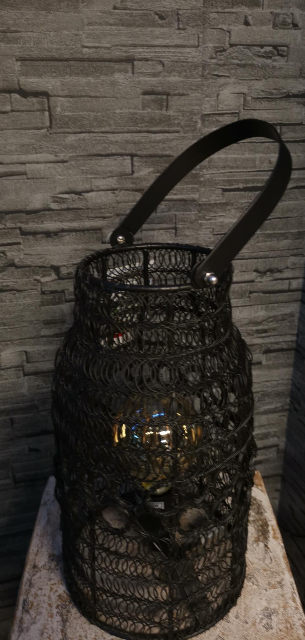 Metalen lamp met hengsel zwart 01799