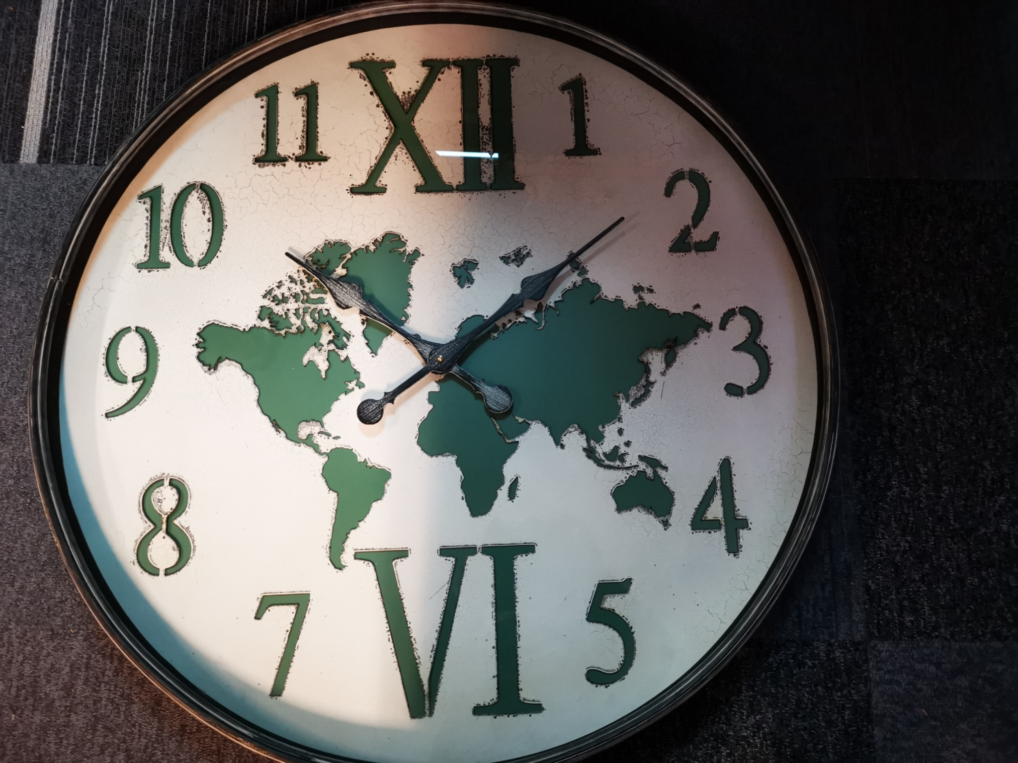 Wandklok wereldkaart groen/grijs 01805