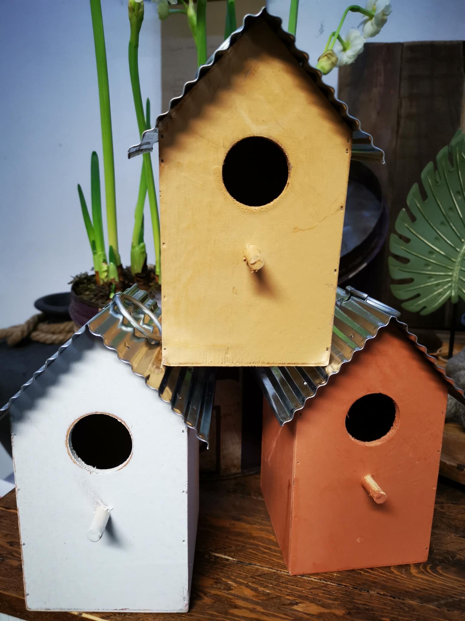 Vogelhuisje 3 kleuren 01809