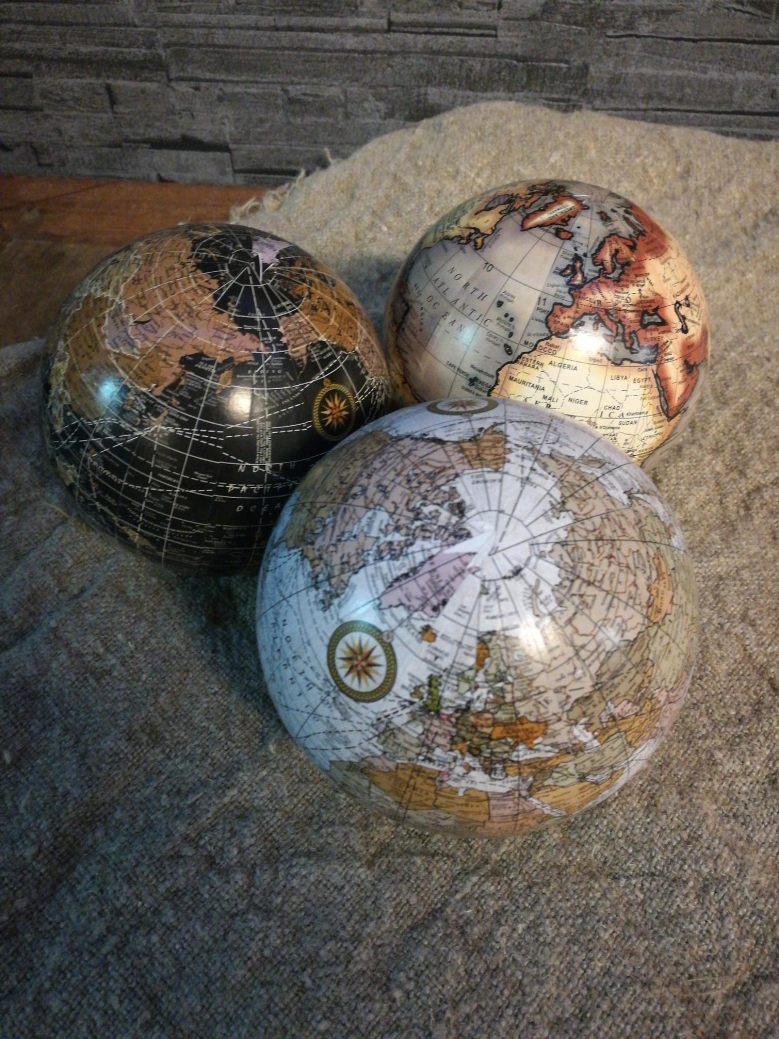 Wereldbollen 01896