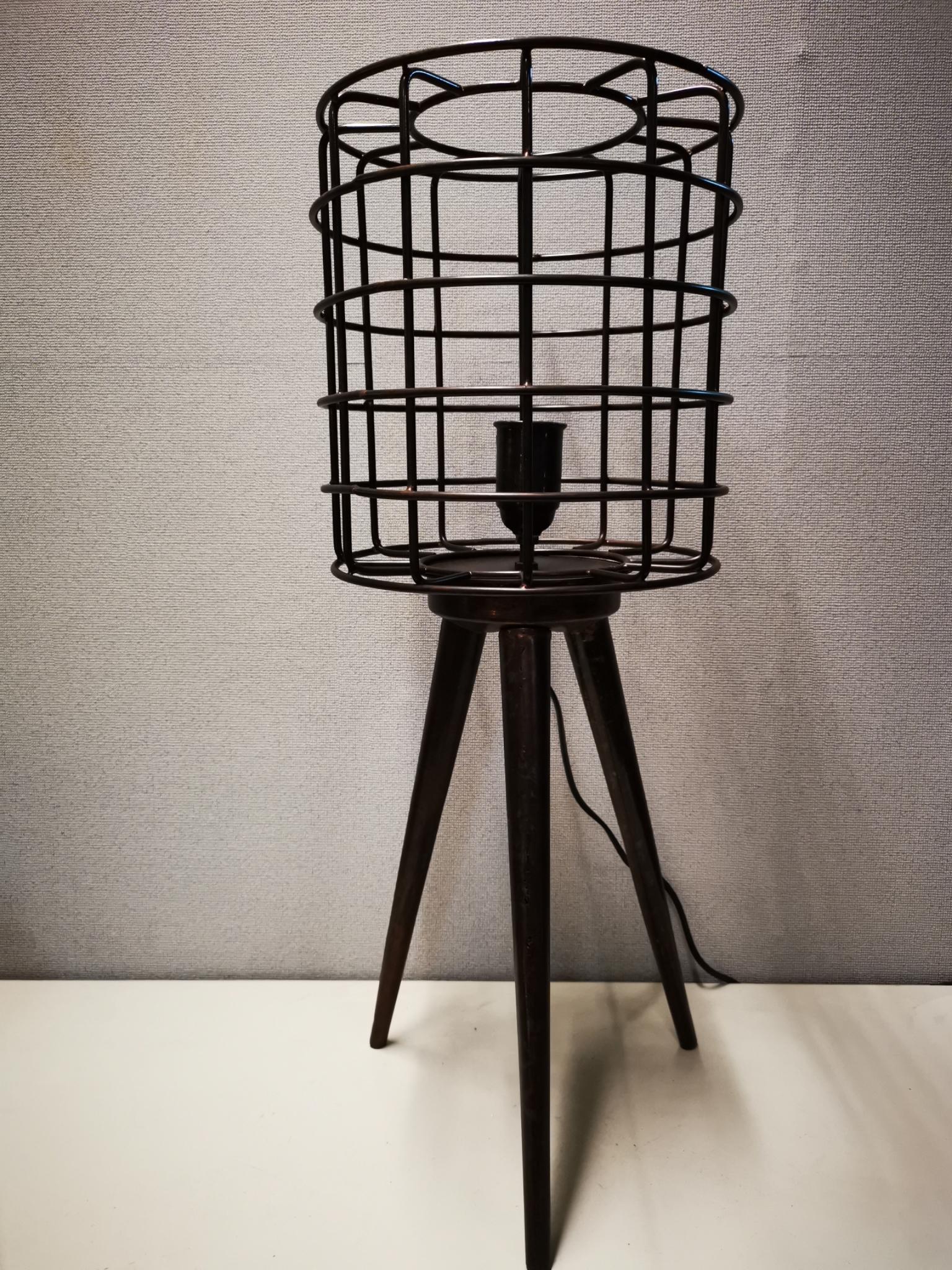 Metalen tafellamp 3 poot 01915