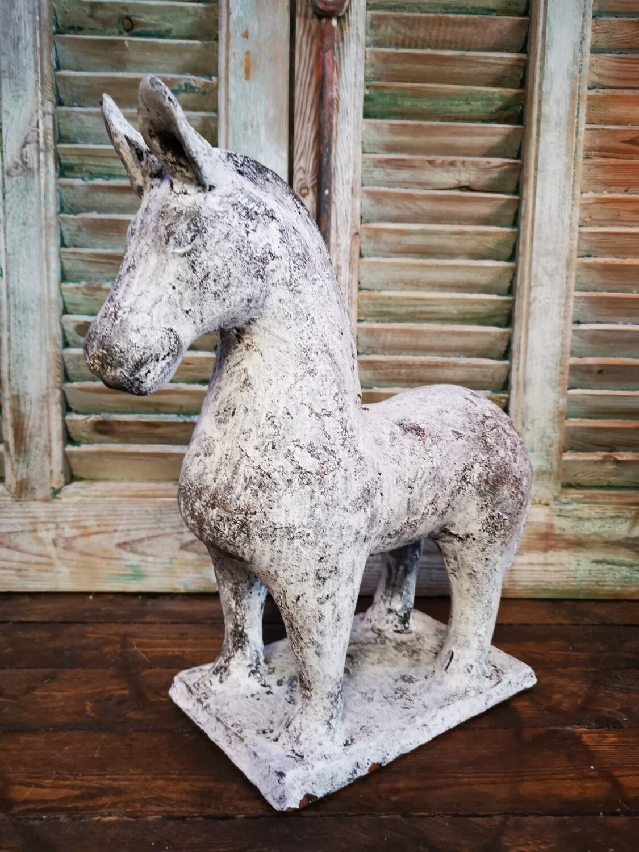 Paard Creme