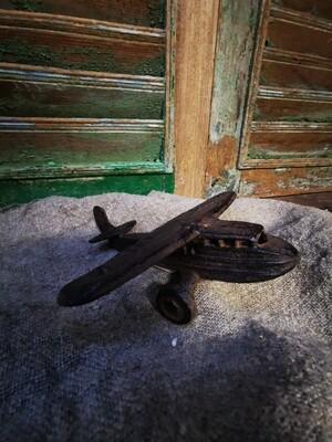 Gietijzeren vliegtuigje
