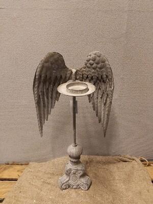 Metalen engelen vleugel met kaarsenhouder