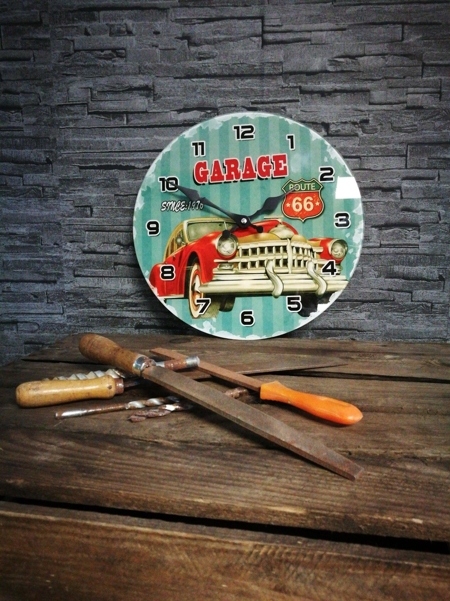 Wandklok Garage 00026