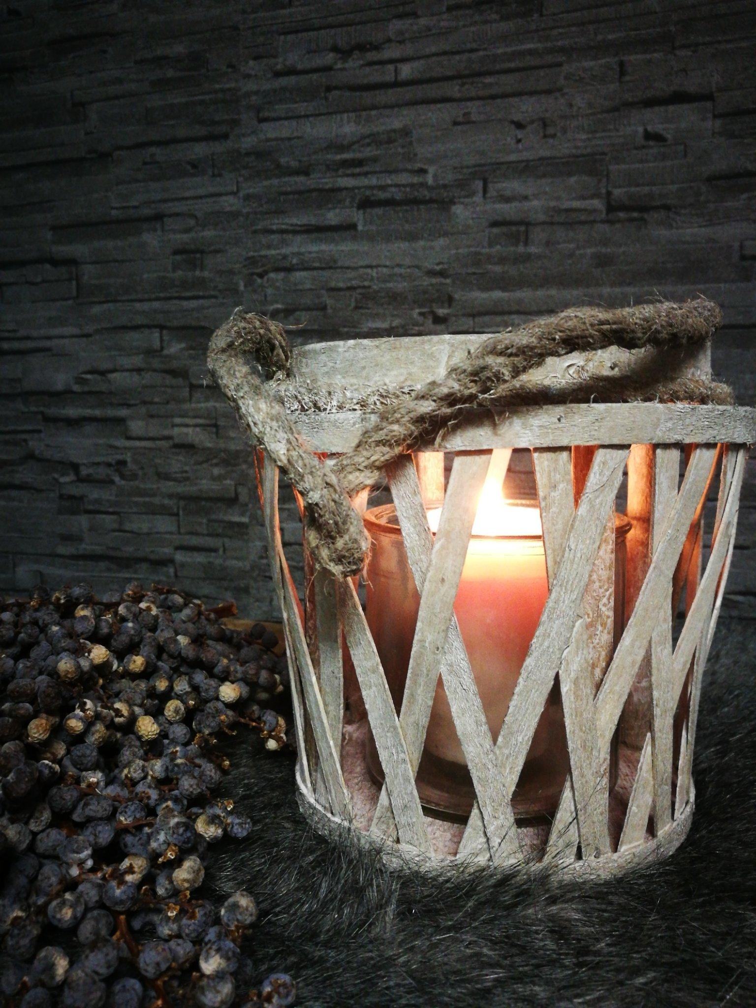 Windlicht houten vlechtwerk