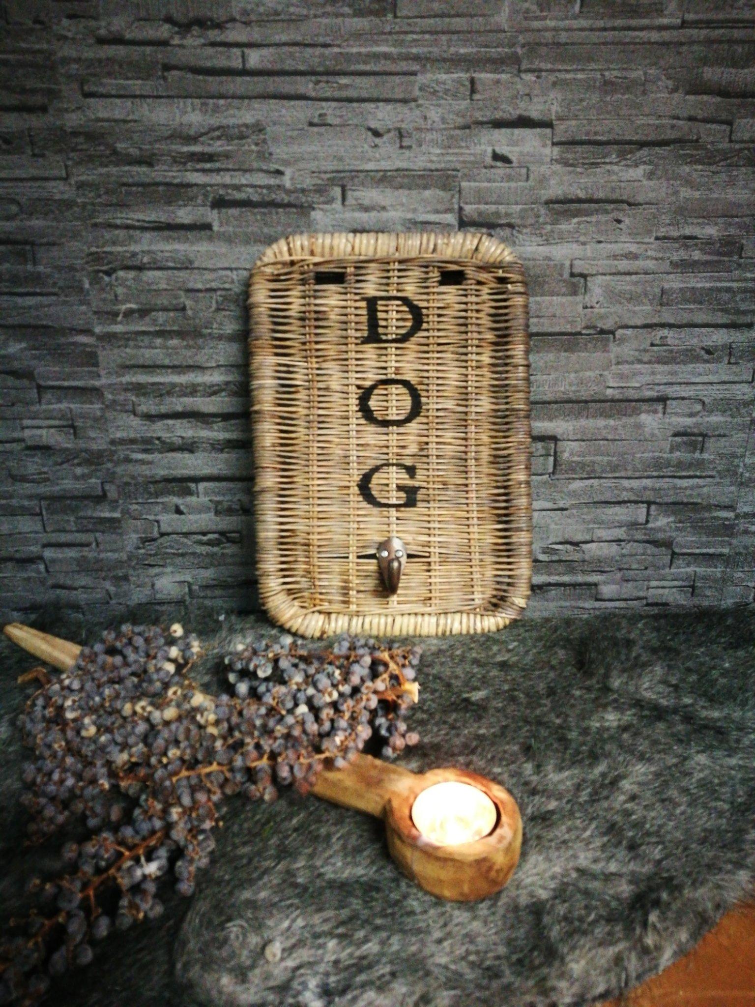 "Rattan hondenriemhanger ""Dog"" 00380"