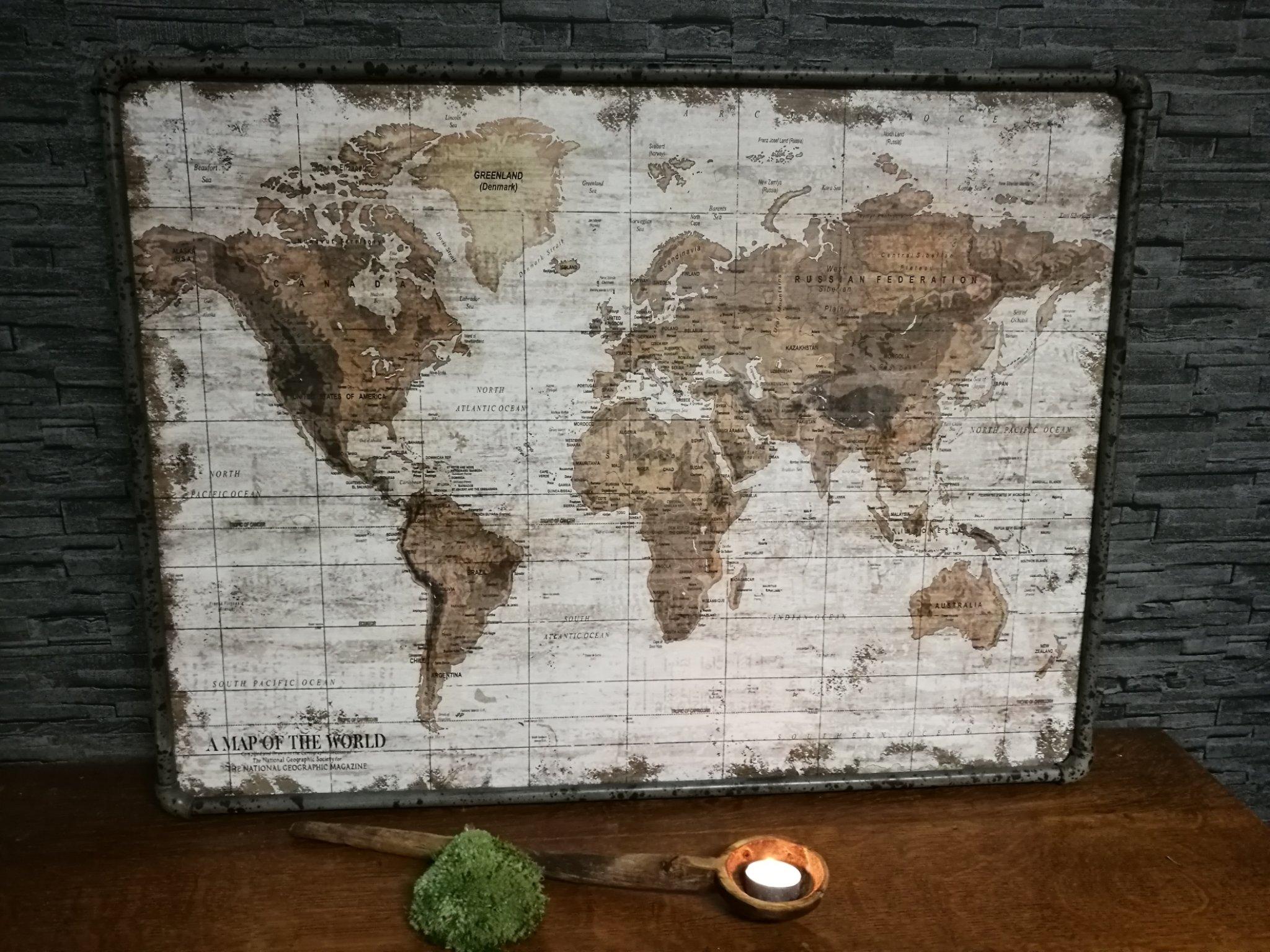 "Wandkaart ""the world"" L. 00627"