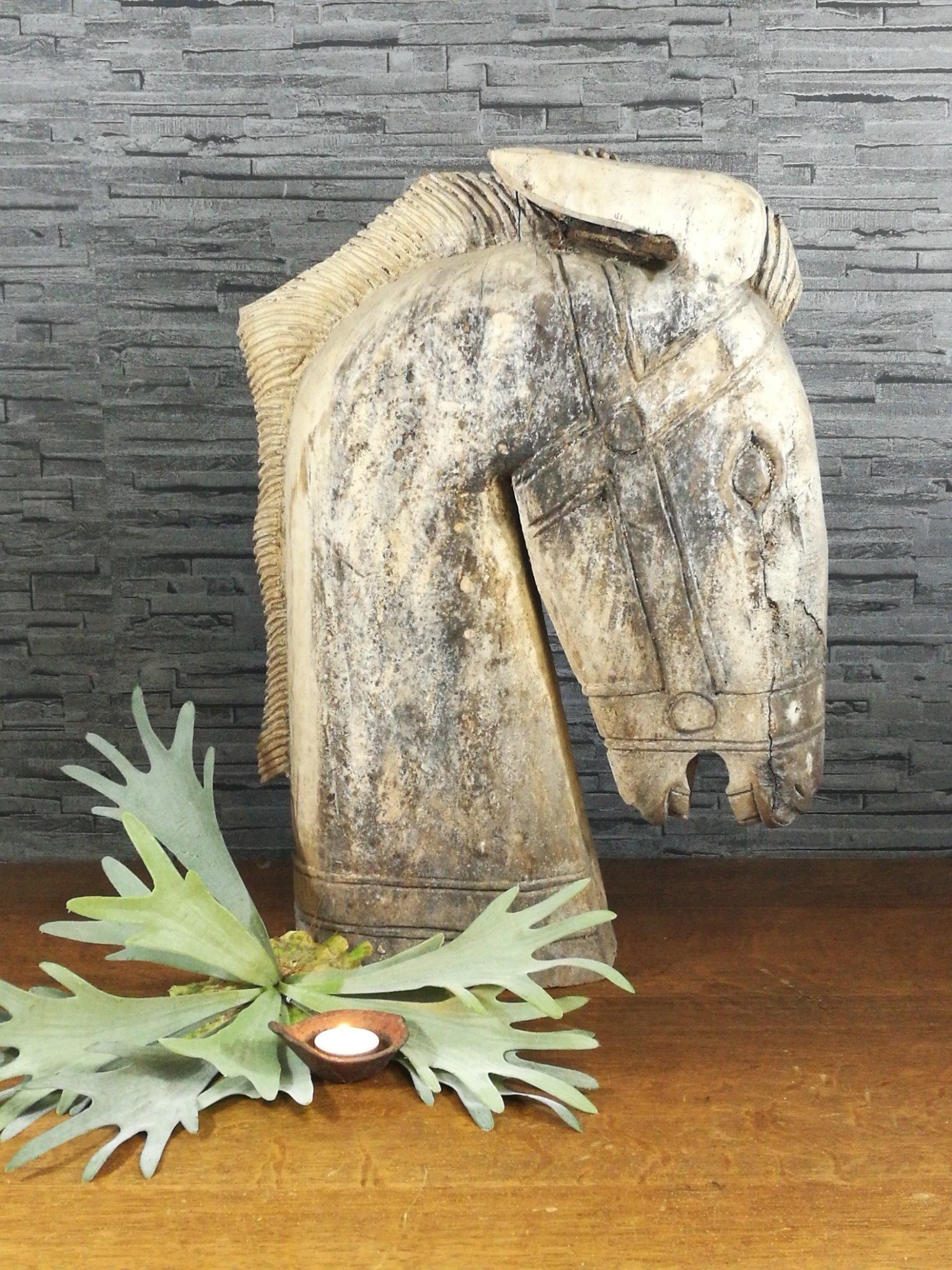 Houten paardenhoofd 00665