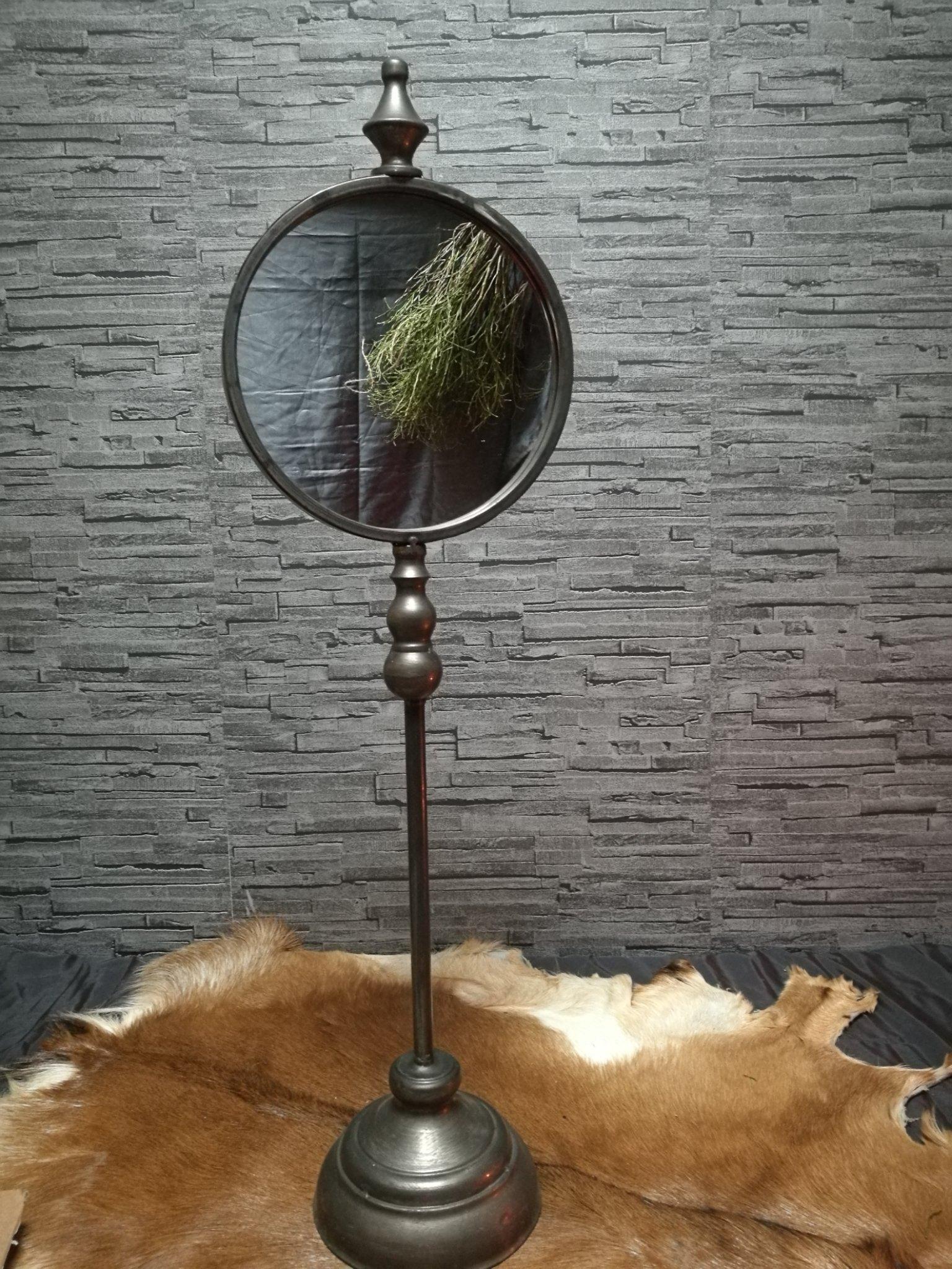 Spiegel op staander 01011