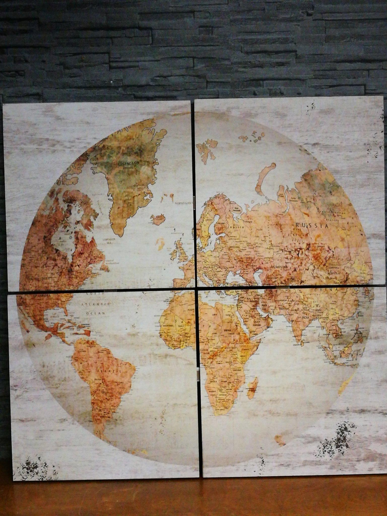 Wandkaart globe wit vierluik 01099