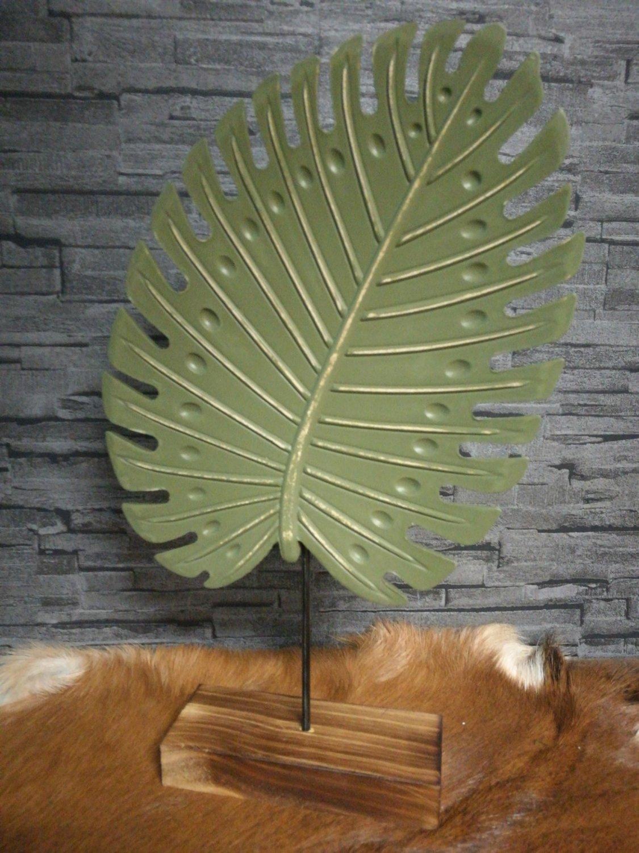 Groen decoratieblad op voet M