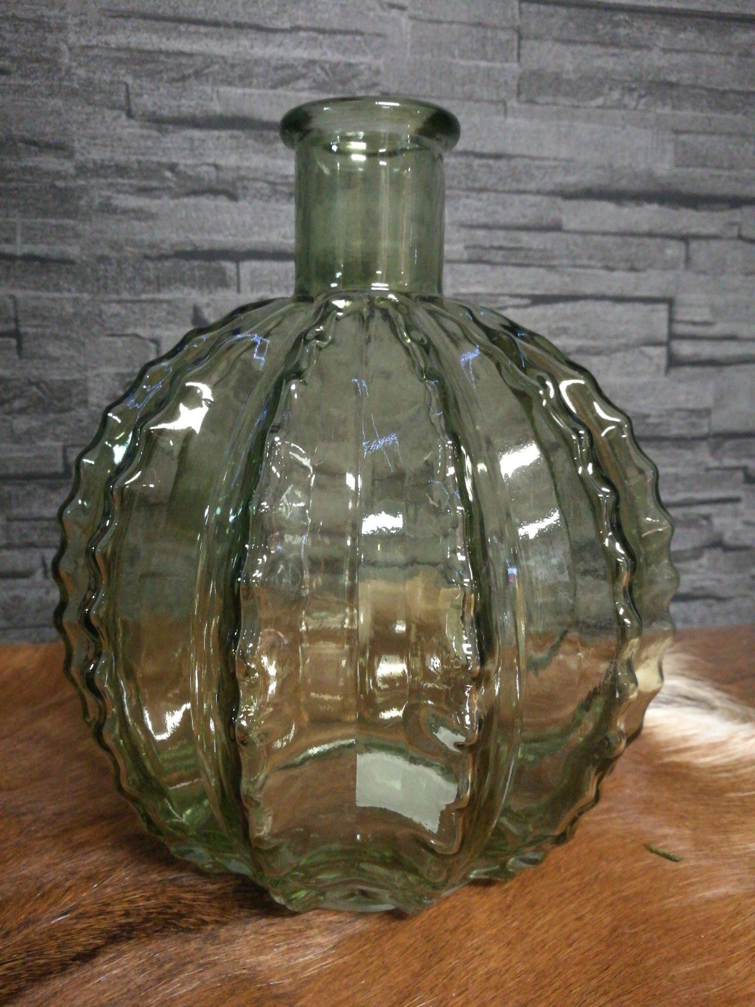 Glazen cactus vaas licht groen 01224