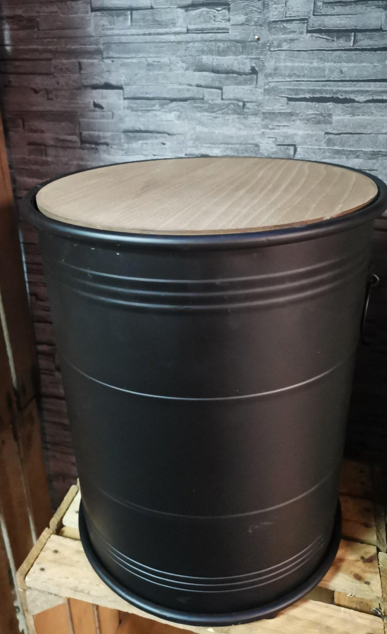 Bijzettafel olievat 01616