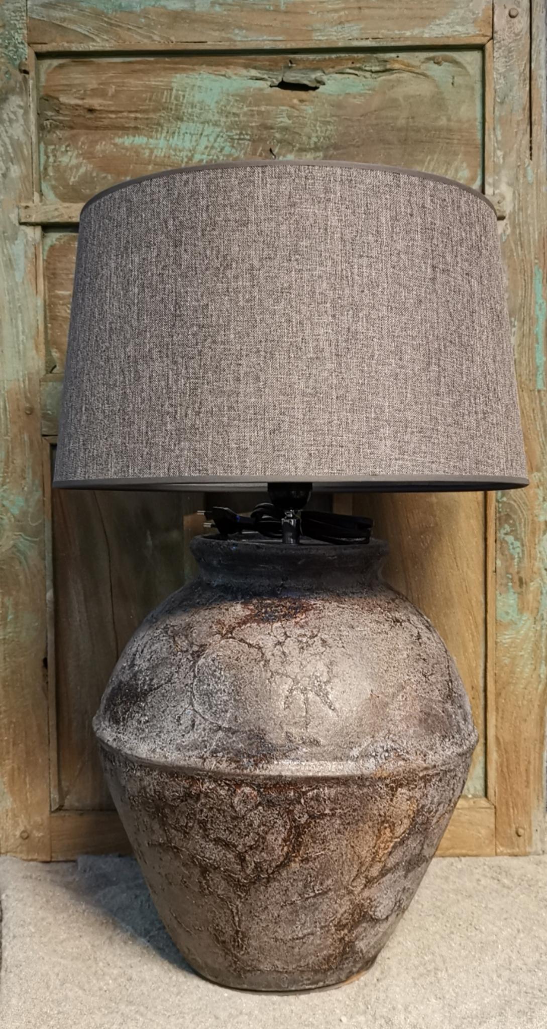 Tafellamp oud bruin met rand 01739