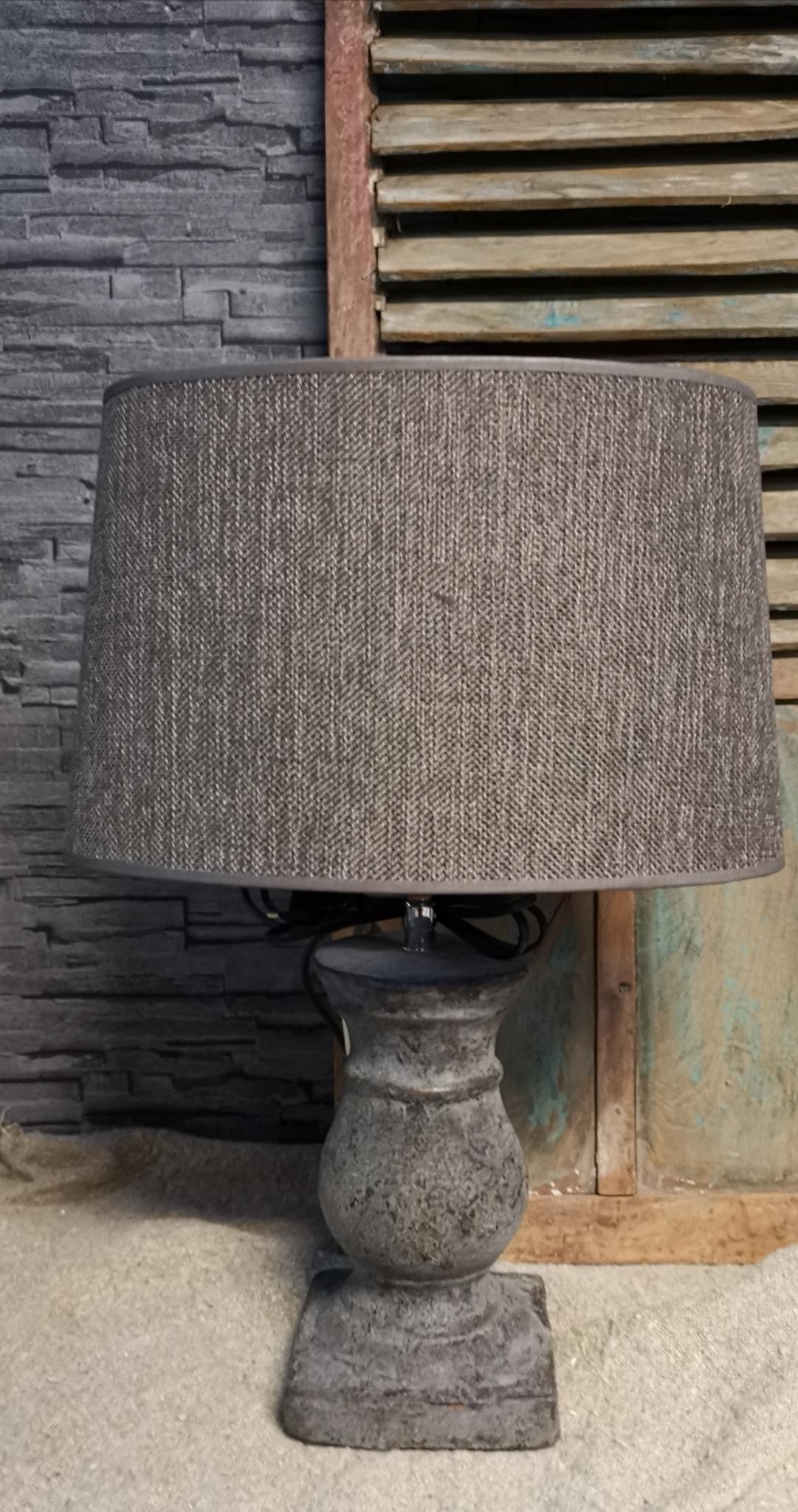 Tafellamp oud bruin 01773