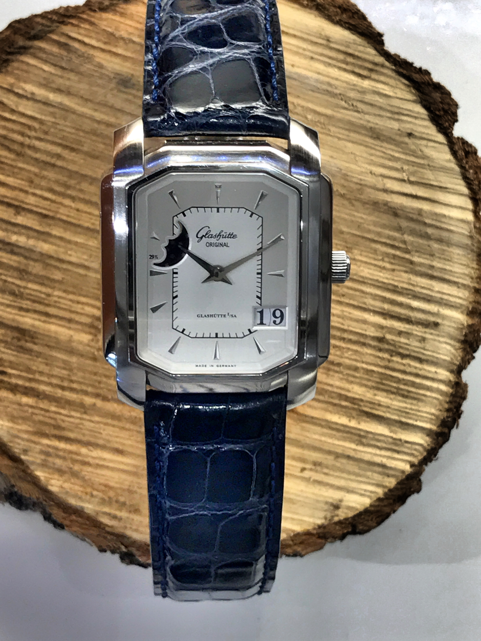 Glashutte Senator Karree moonphase