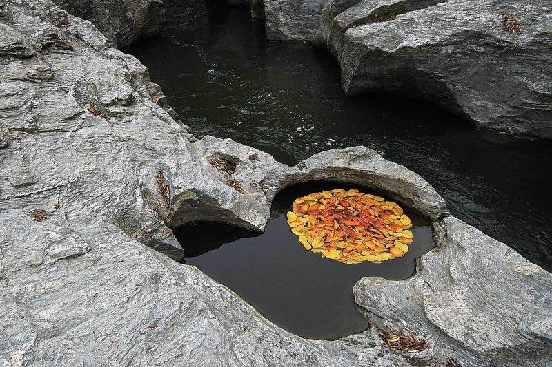 Gorge Circle