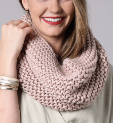Chunky Knit Cowl Scarf ~ dusty pink