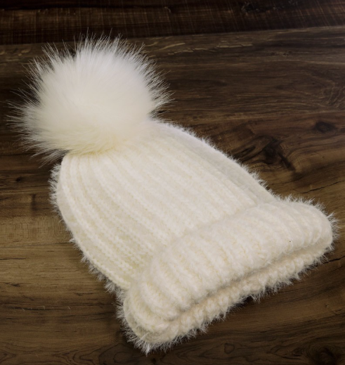 Fuzzy Ribbed Toque ~ ivory