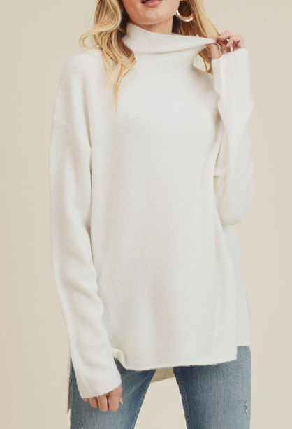 Funnel Sweater ~ Ivory