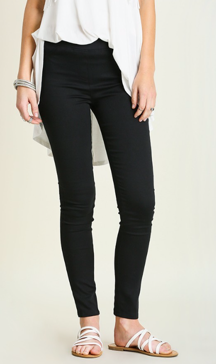 Basic Black Skinny Pant