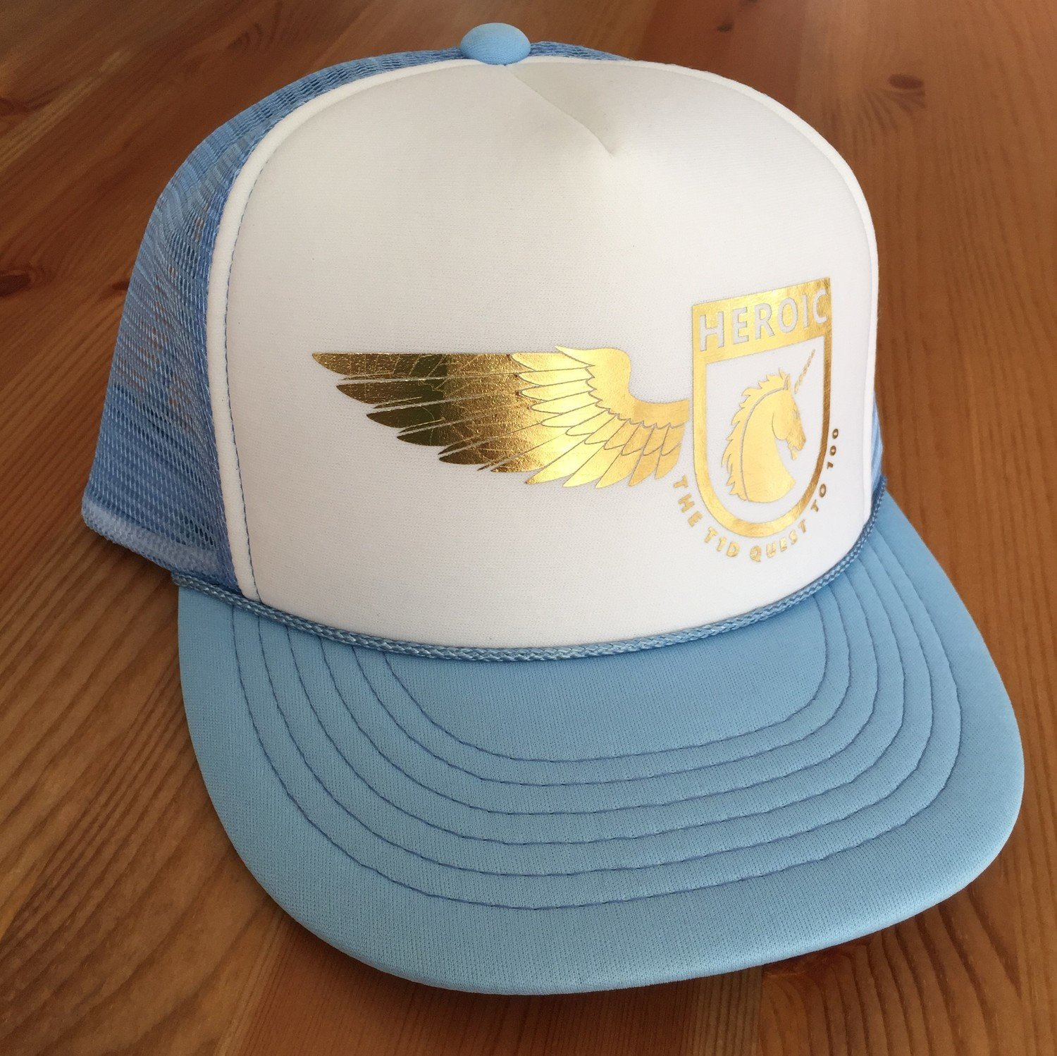 YOUTH adventure Cap, Unicorn wing Crest, LIGHT BLUE/WHITE/GOLD