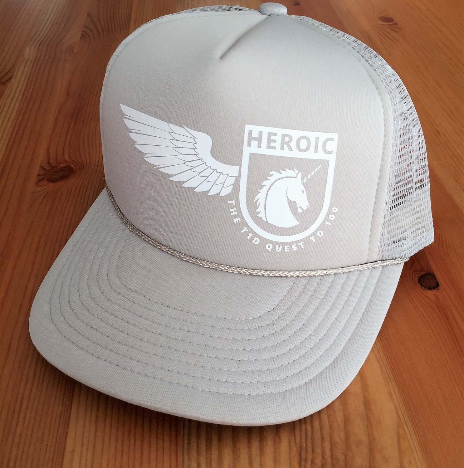 YOUTH adventure Cap, Unicorn wing Crest, GREY