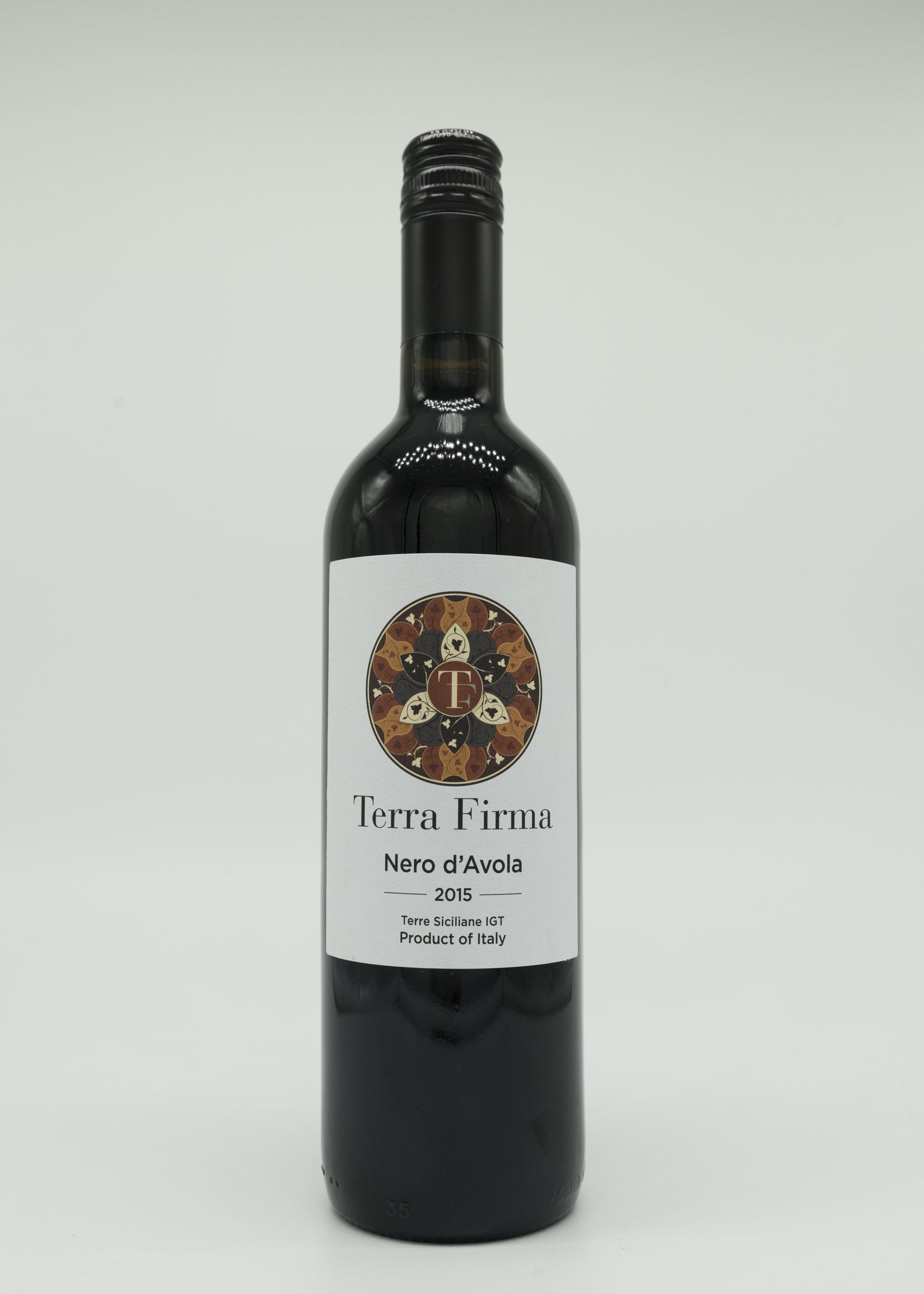 Terra Firma Nero d'Avola, 2018 00017